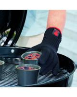 Guanti per barbecue Weber taglia S/M sopra alla brace rovente